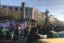مصدومیت مادر و فرزند در اثر سقوط داربست تابلوی تبلیغاتی در تبریز