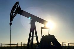 قیمت نفت در ساعات اولیه معاملات جهش کرد/نفت آمریکا ۵۰ دلاری شد
