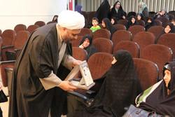 آرامش مبارزان و مدافعان انقلاب در سایه حضور زنان معنی پیدا میکند