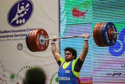 سومین دوره مسابقات بین المللی وزنه برداری جام فجر