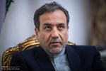 Araghchi outlines foreign policies for parl. independent faction members