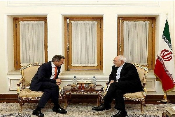 Zarif, Red Cross chief discuss humanitarian crises in Syria, Yemen
