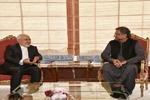 ایرانی وزیر خارجہ کی پاکستانی وزیر اعظم سے ملاقات/ دو طرفہ تعاون کو مضبوط بنانے کا عزم