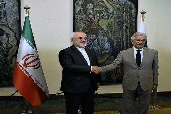 وزير الخارجية الايراني يلتقي نظيره الباكستاني في اسلام آباد
