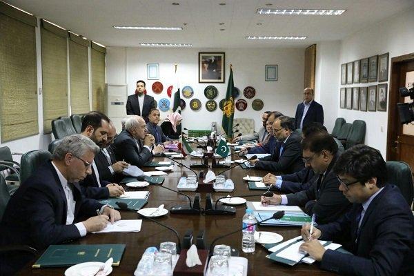 Iran, Pakistan posed to heighten security coop.