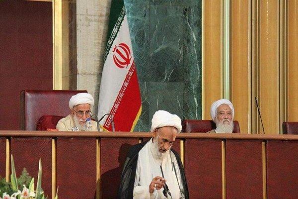 احمد بهشتی