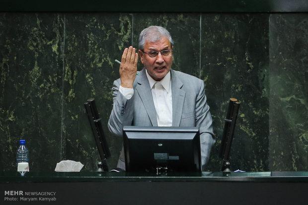 İran Çalışma Bakanı görevden alındı