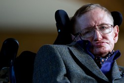Physicist, cosmologist Stephan Hawking dies at 76