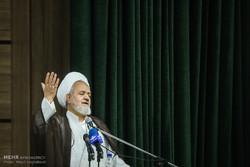 دشمنان هیچگاه دست از توطئه علیه انقلاب اسلامی بر نمی دارند