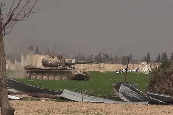 الجيش السوري يواصل تقدمه في جنوب دمشق بعد كسر تحصينات الإرهابيين