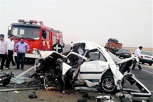 5 کشته و 10 مصدوم در تصادفات جاده ای