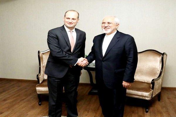 وزير الخارجية الايراني يلتقي نظيره الجورجي