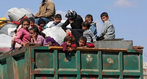 نزوح عشرات الآلاف من أهالي عفرين إلى مناطق سيطرة الحكومة السورية
