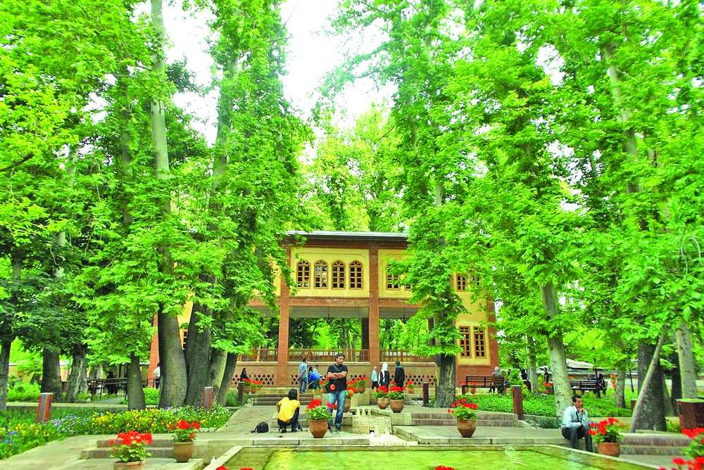 '110 hectares of gardens destroyed in Tehran in 3 years'