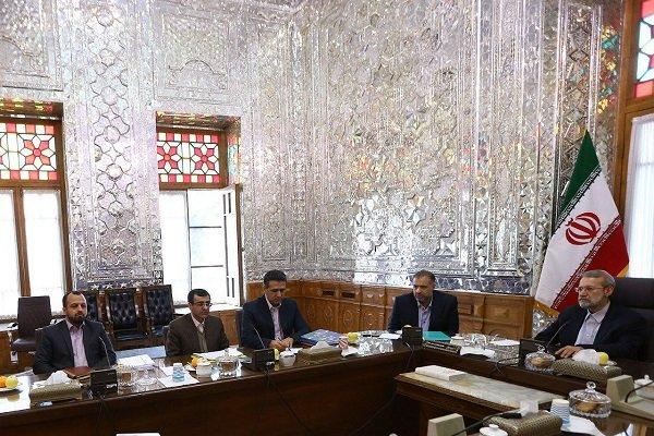 نشست بررسی مسائل نظام بانکی کشور با حضور لاریجانی برگزار شد