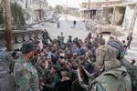 Esad, Doğu Guta'da askerlerle buluştu