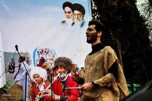 جشنواره نوروزخوانی اقوام ساکن در گرگان