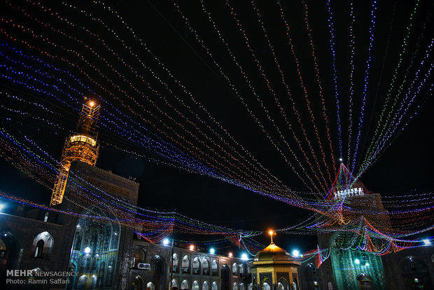 جشن های ویژه دهه مهدویت در حرم مطهر رضوی برگزار می شود