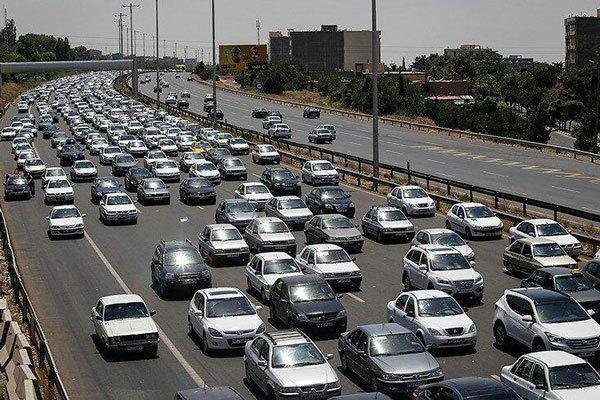 ترافیک جاده های استان قزوین سنگین است