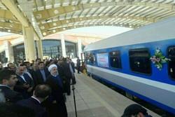 روحانی افتتاح قطار