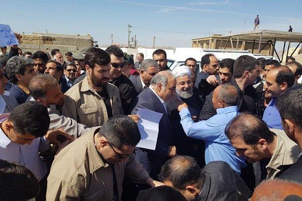 رئیس جمهور در مناطق زلزلهزده
