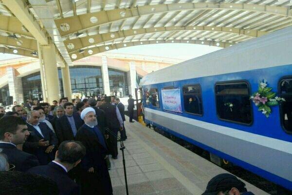 صدر روحانی کا کرمانشاہ کے زلزلہ سے متاثرہ لوگوں کے ہمراہ نوروز منانے کافیصلہ