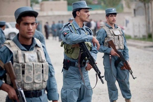 ۱۶ پلیس افغانستان در درگیری با طالبان کشته شدند