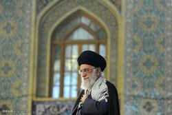 خطاب قائد الثورة الاسلامية بحضور حشود الزائرين في العتبة الرضوية /صور