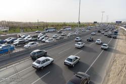 ترافیک نیمه سنگین در جادههای زنجان حاکم است