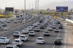زیرساخت های اجرای طرح ترافیک آماده نبود/رانت خوار دوشغله ها هستند