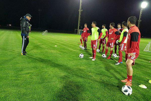نخستین تمرین سال جدید بازیکنان تیم ملی در هوای سرد تونس