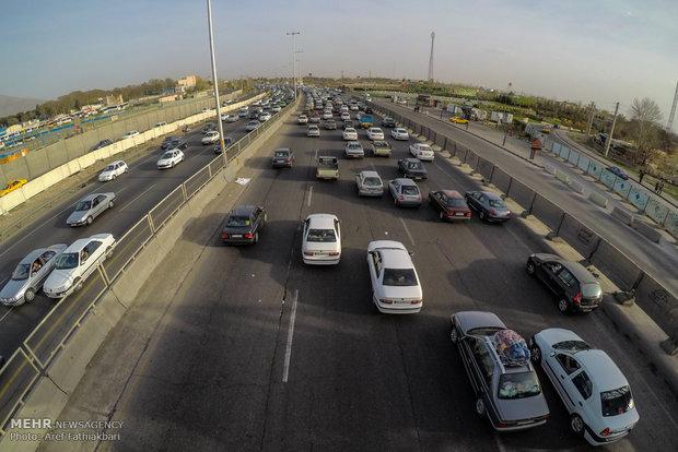 جو آرام و ترافیک روان در جادههای کشور/ انسداد ۹ محور مواصلاتی,