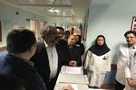 استاندار کردستان از بیماران بستری شده در بیمارستان کوثر عیادت کرد