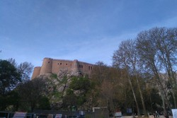 ۶۴۰۰ گردشگر از قلعه «فلک الافلاک» بازدید کردند