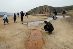 تخریب تدریجی چشمه باداب سورت