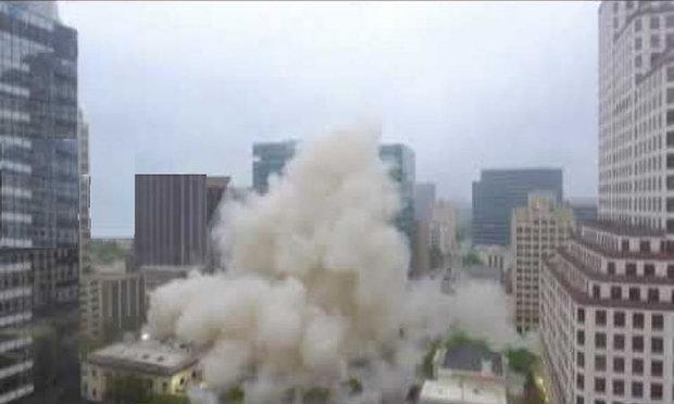 ٹیکساس میں یونیورسٹی کی عمارت تباہ
