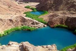 """توافد السياح على بحيرة """"سياه كاو"""" المزودجة غرب ايران"""