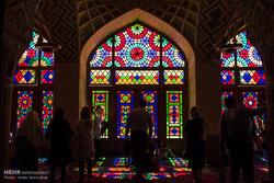 درهای شبستان غربی مسجد نصیرالملک شیراز مرمت شد