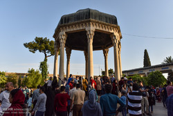 Tourists visit tombs of Hafez and Saadi in Nowruz