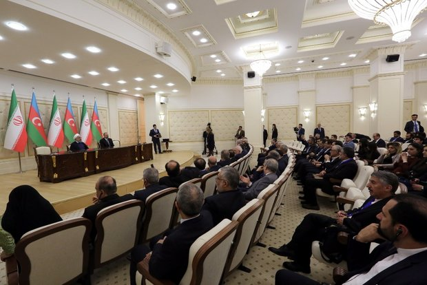 Tehran, Baku share stances on many issues: Pres. Rouhani