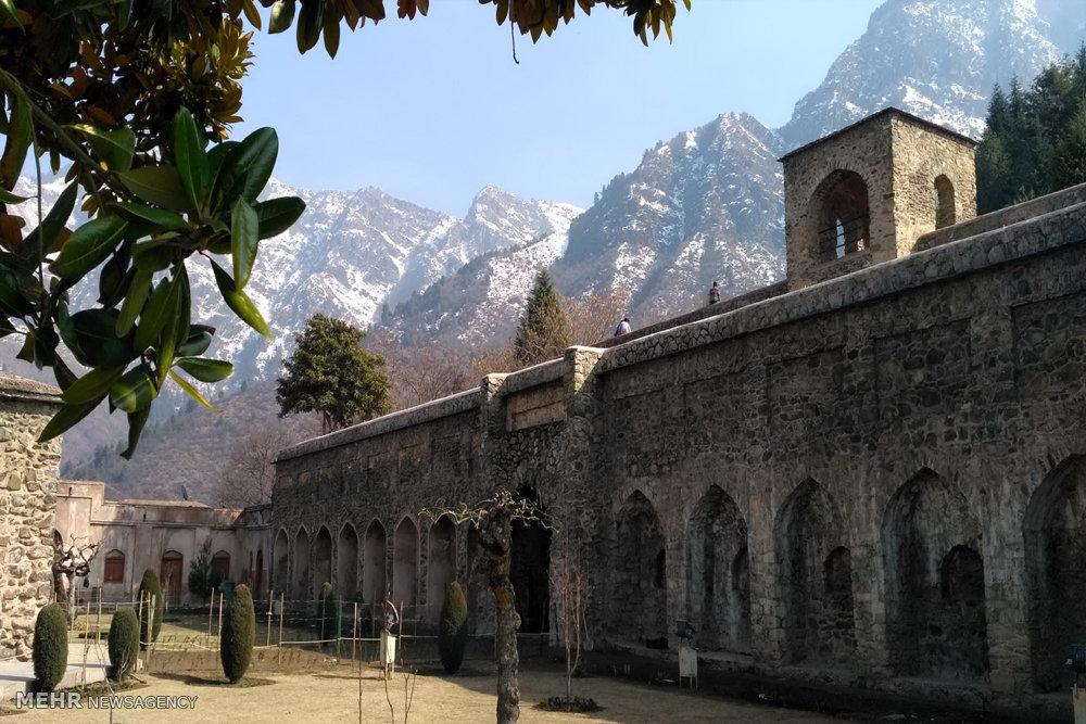 مجموعه تاریخی قلعه پری کشمیر