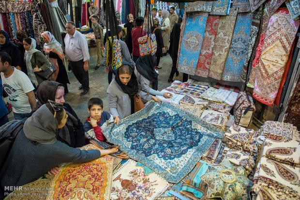 """سوق """"وكيل وسرايا مشير"""" في شيراز ايام النيروز"""