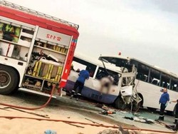 کویت میں 2 بسوں میں تصادم کے نتیجے میں 15 افراد ہلاک