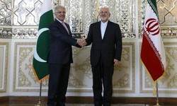 Iranian, Pakistani FMs discuss Kashmir dispute on the phone