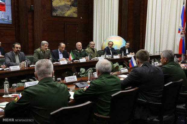 Iran, Belarus defense mins. meet in Moscow