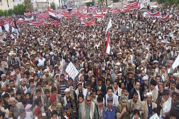 اليمنيون يتوعدون تحالف العدوان بالفشل والهزيمة في حروبها الاقتصادية