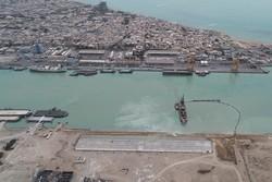 امکان پهلوگیری کشتیهای ۳۰ هزار تنی در بندر بوشهر فراهم میشود