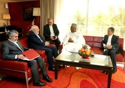Zarif'ten Senegal'de önemli görüşme