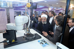 Iran unveils 83 achievements in nuclear technology