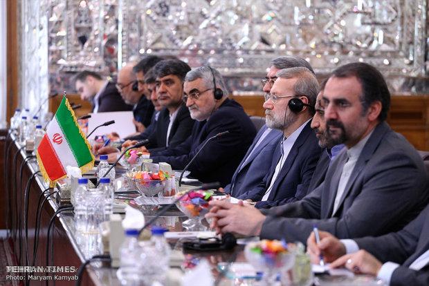 Russia's Duma chairman meets Iran's Larijani